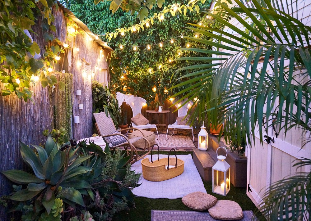 Adds furniture to the small garden